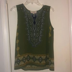 Green tank top with patterns